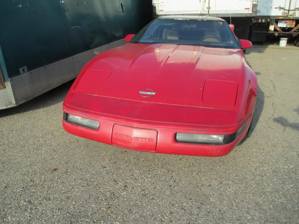 1987 Corvette Coupe Project or Parts Car, Needs Repairs