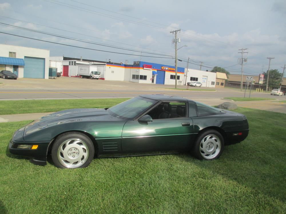 1992 Corvette Polo Green Coupe, LT-1 6 Speed, Loaded, Very Nice, Clean Car!