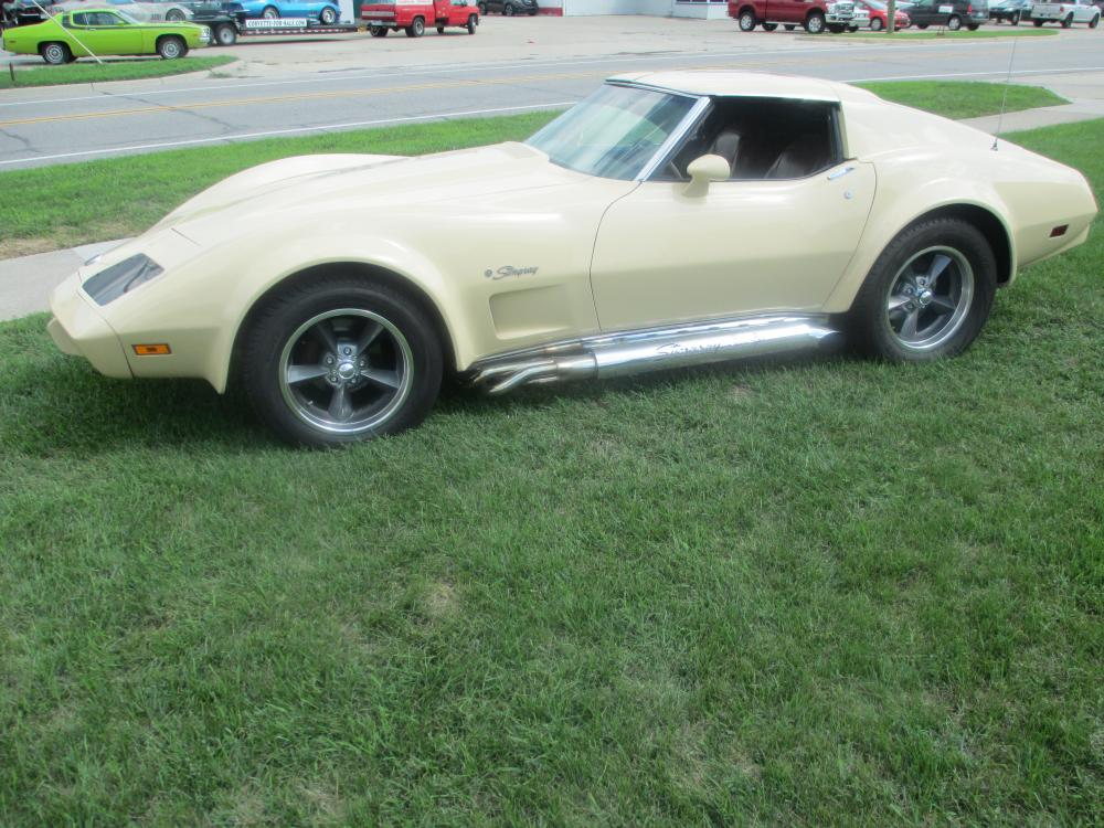 1976 Corvette Coupe Hatchback 383 Dual Quads Auto AC PS PB PW Tilt Tele Flairs Stereo