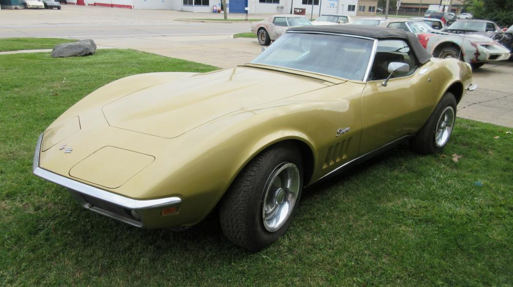 1969 Corvette Gold Convertible 350 NOM TH400 PS PB Project Car Good Body & Frame