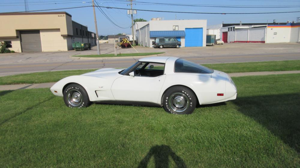 1979 Corvette White Coupe L-48 Automatic AC Loaded Good Driver