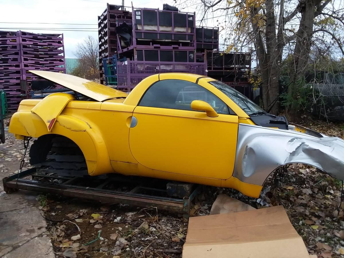 2004 Chevy Project SSR Pickup Parts
