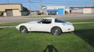 1979 Corvette Coupe White L-48 Automatic AC Loaded Good Driver